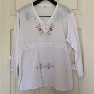 Tops - White tunic with flowers cover up size L